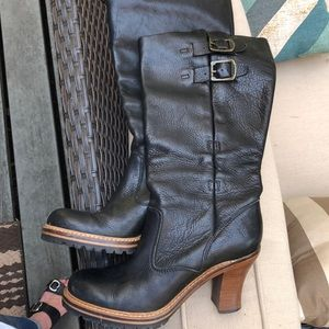 Frye Black Cognac Mildred English Pull Boots.